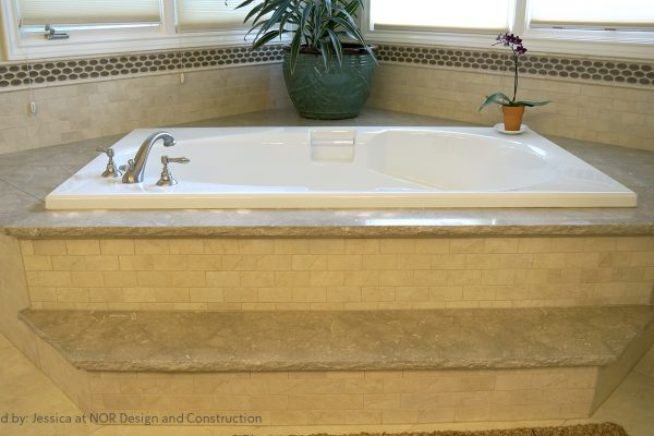 Bridle Trails_ MSRT Bath 1_Tub